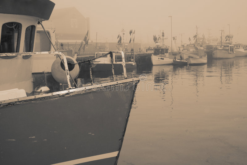 Port de bateau de pêche photos stock