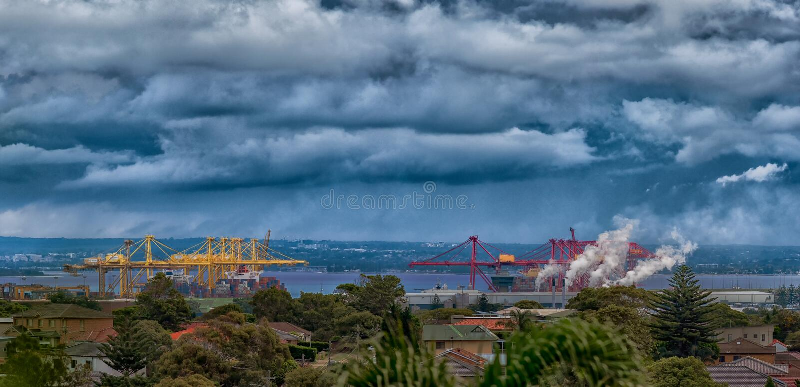 Port de conteneur de vue panoramique de la botanique gauche, NSW Australie image libre de droits