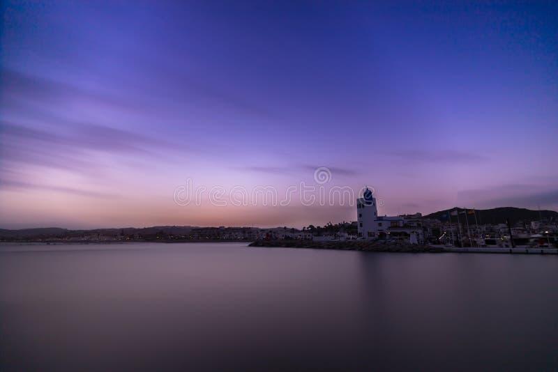 Port de Duquesa au coucher du soleil images stock