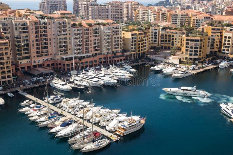 Port DE Fontvieille in Monte Carlo - Monaco royalty-vrije stock afbeeldingen