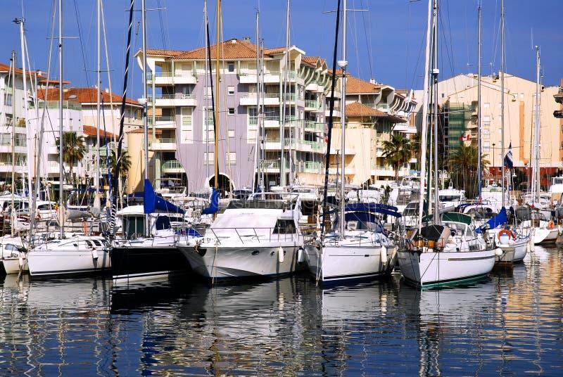 Download Port de Frejus photo stock. Image du maison, carlingue - 4350106