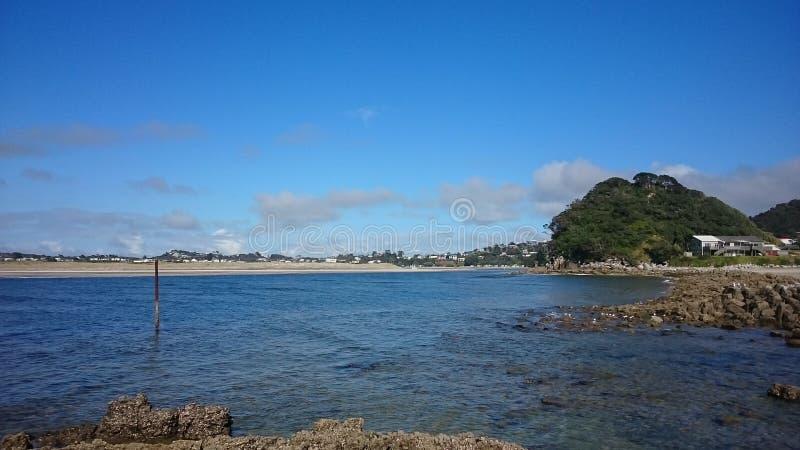 Download Port de Mangawhai image stock. Image du plages, océan - 87707889
