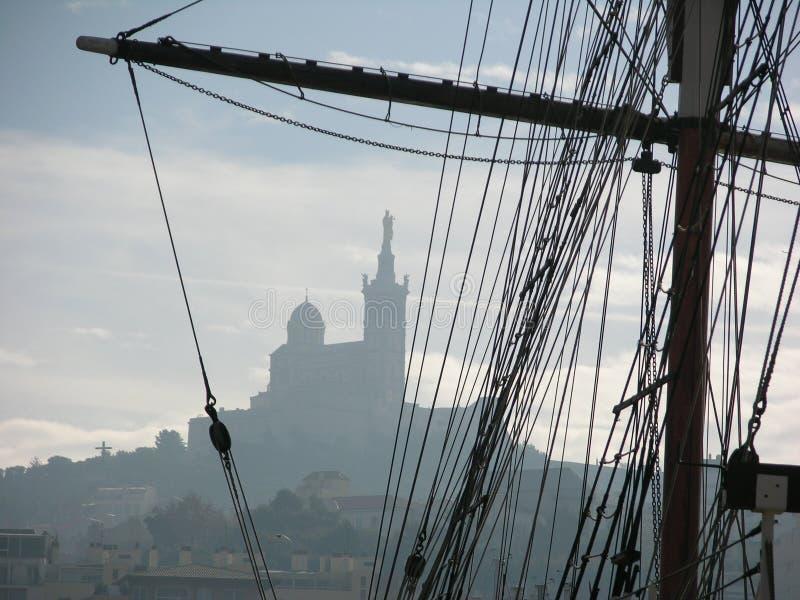 Download Port de Marseille photo stock. Image du spanker, église - 86994