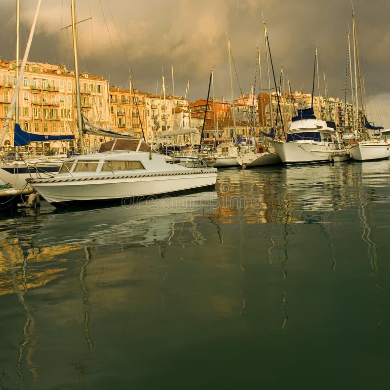Port de Nice après la tempête photographie stock libre de droits