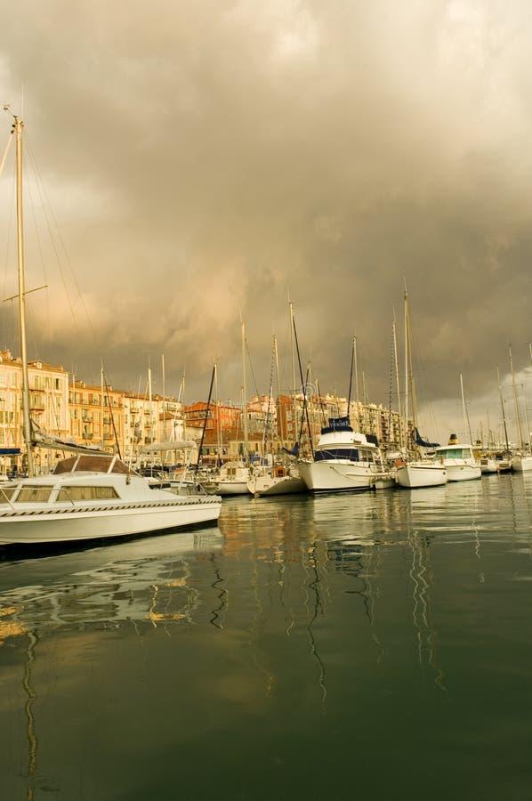 Port de Nice après la tempête photos stock