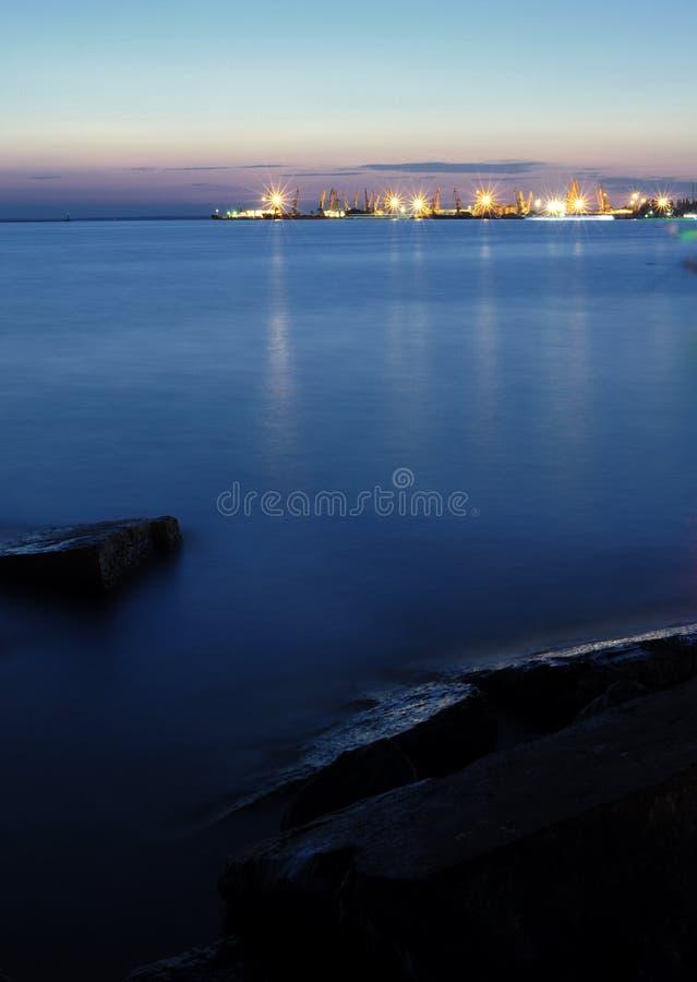 Port de nuit photographie stock