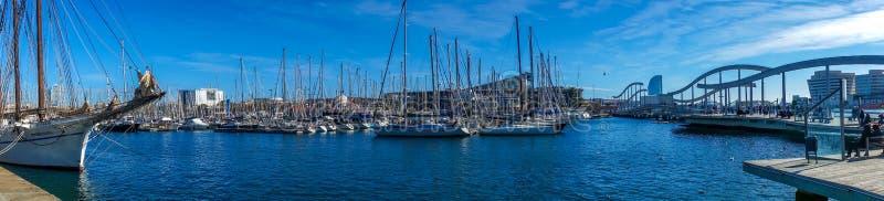 Port de panorama de Barcelone image libre de droits