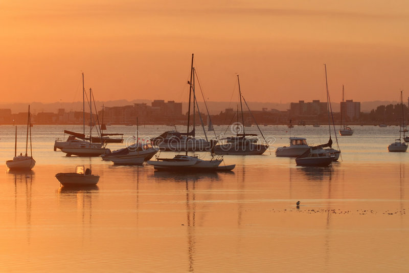 Port de Poole au coucher du soleil photos stock