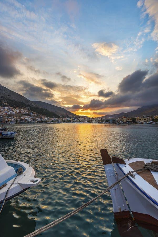 Port de Pothia au coucher du soleil, Kalymnos Grèce photos stock