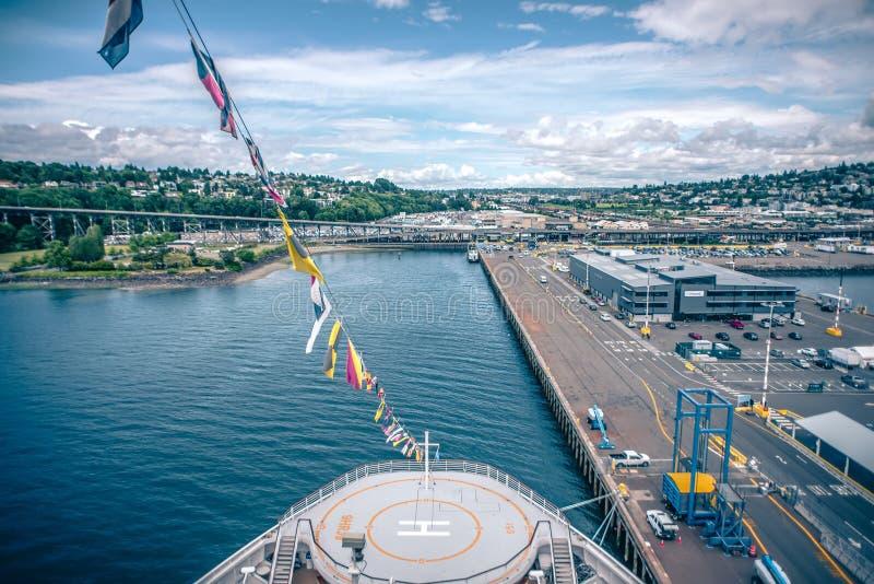 Port de Seattle et de piliers et environs le jour ensoleillé photographie stock libre de droits