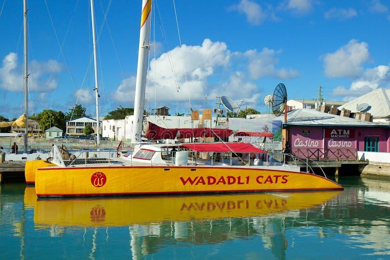 Download Port de St John, Antigua photo éditorial. Image du privé - 45353996