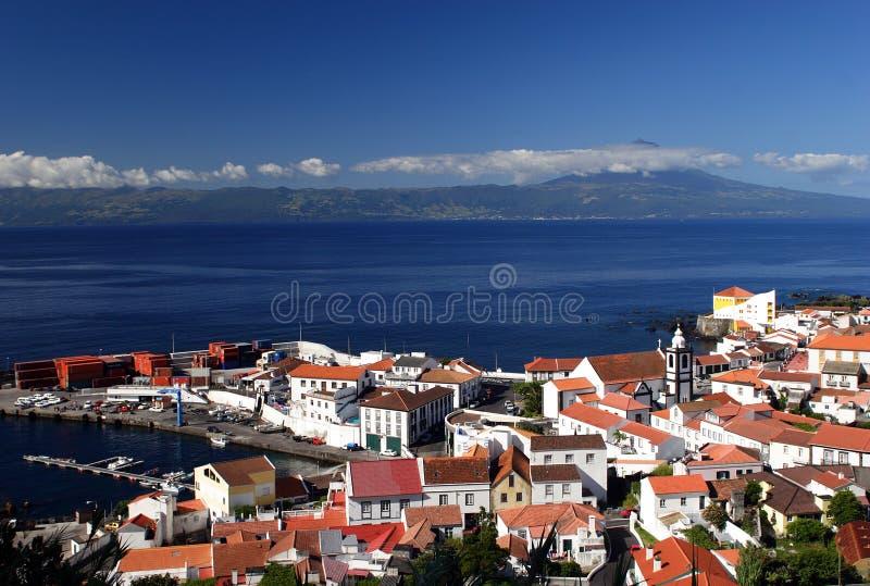 Port de Velas sur l'île de Jorge de sao photographie stock