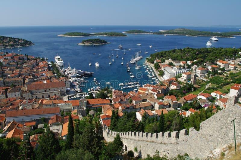 Port de vieille ville Hvar sur l'île Hvar photographie stock libre de droits