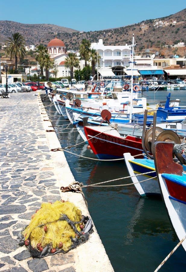 Port de village de pêcheur images libres de droits