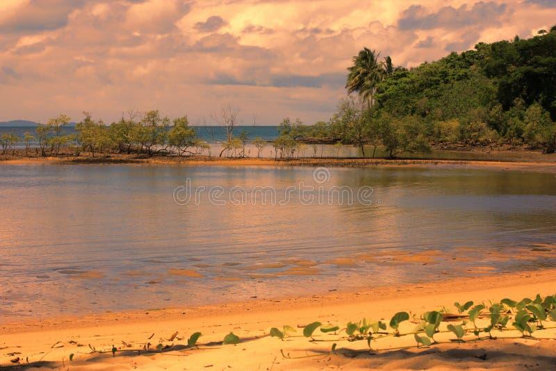 Port Douglas в заходе солнца стоковое фото