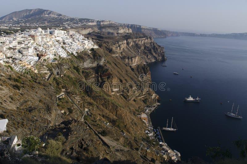 Port et ville de Fira Santorini photographie stock