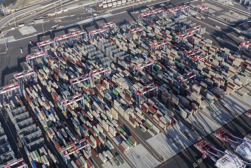 Port för flyg- sikt av Long Beach behållare arkivfoton