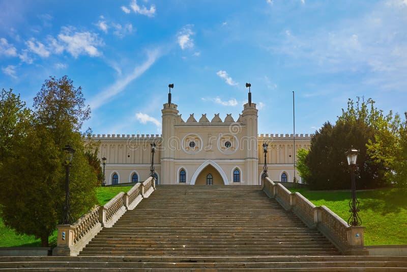 Port för huvudsaklig ingång av den Lublin slotten royaltyfri fotografi