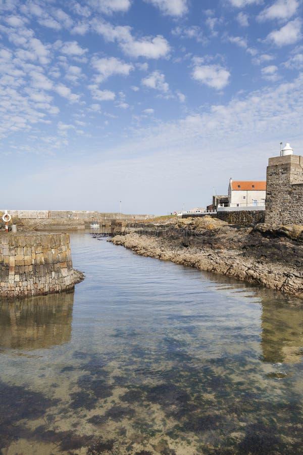Port historique chez Portsoy en Ecosse photos libres de droits