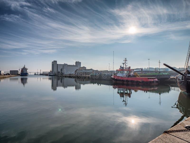 Port industriel dans Vejle, Danemark photographie stock libre de droits