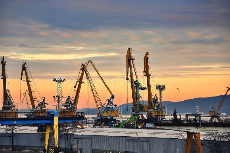 Port industriel de la Mer Noire image stock