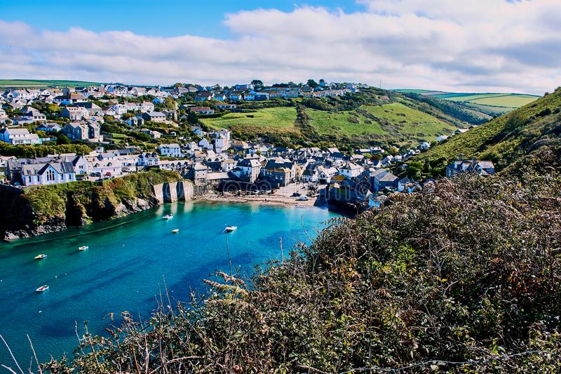 Port Isaac, liten by i norr Cornwall, England royaltyfri fotografi