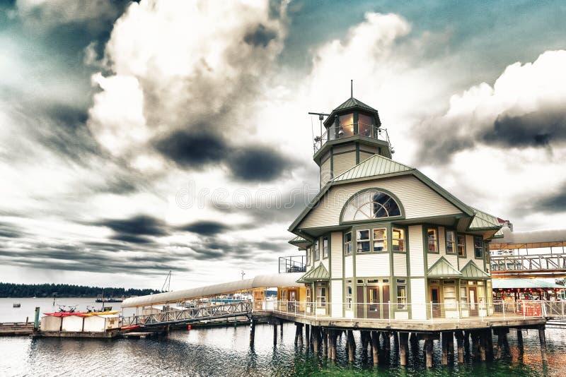 Port Nanaimo na chmurnym lato wieczór, Vancouver wyspa obraz stock