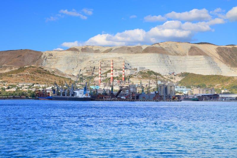 Port- och cementväxt royaltyfri fotografi