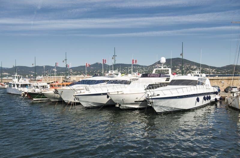 Port och hamn i Saint Tropez royaltyfri bild