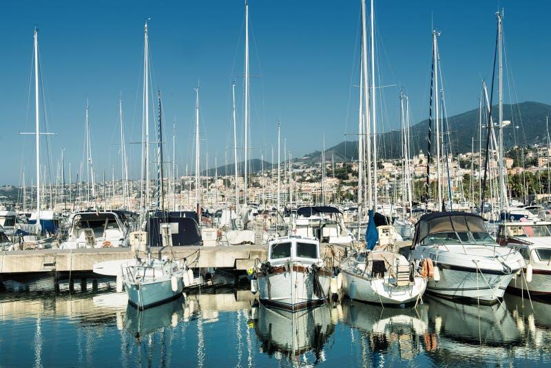 Port och hamn i Saint Tropez arkivbild