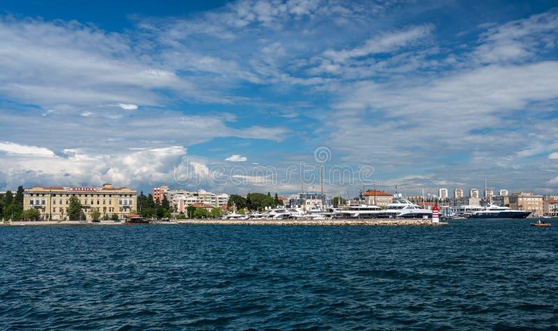 Port och marina av Zadar i Kroatien royaltyfria bilder