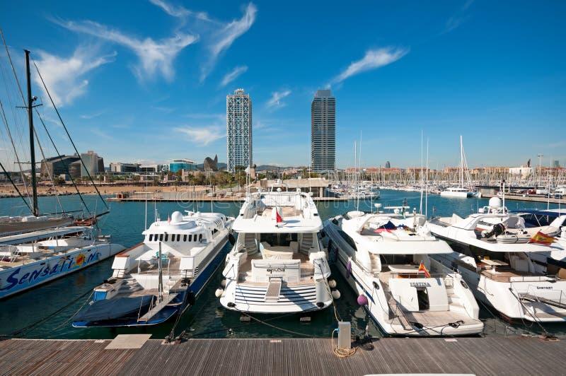 Port olympique à Barcelone - en Espagne photos stock