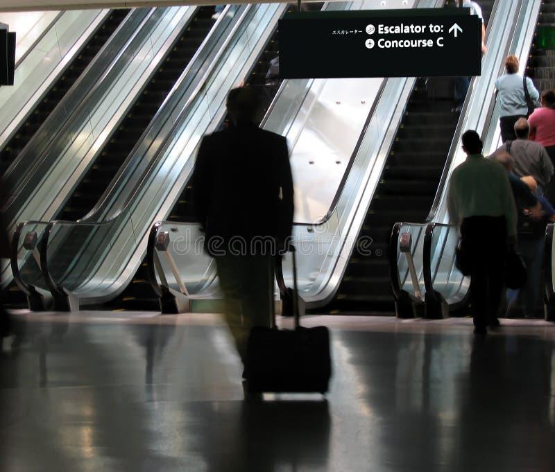 Download Port som rusar till arkivfoto. Bild av resväska, sent, moment - 284824