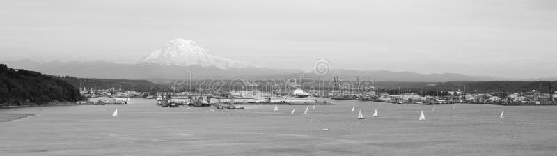 Port Tacoma de Puget Sound de baie de commencement de régate de voilier images stock