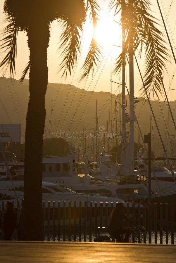 Port Vell parkerar Barcelona, Spanien arkivfoto