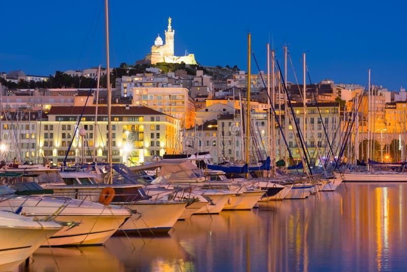 Port w Marseille przy lato nocą zdjęcie stock
