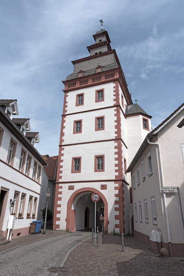 Porta anterior Steinheimer Turm da cidade, Seligenstadt, Hesse, Alemanha imagem de stock