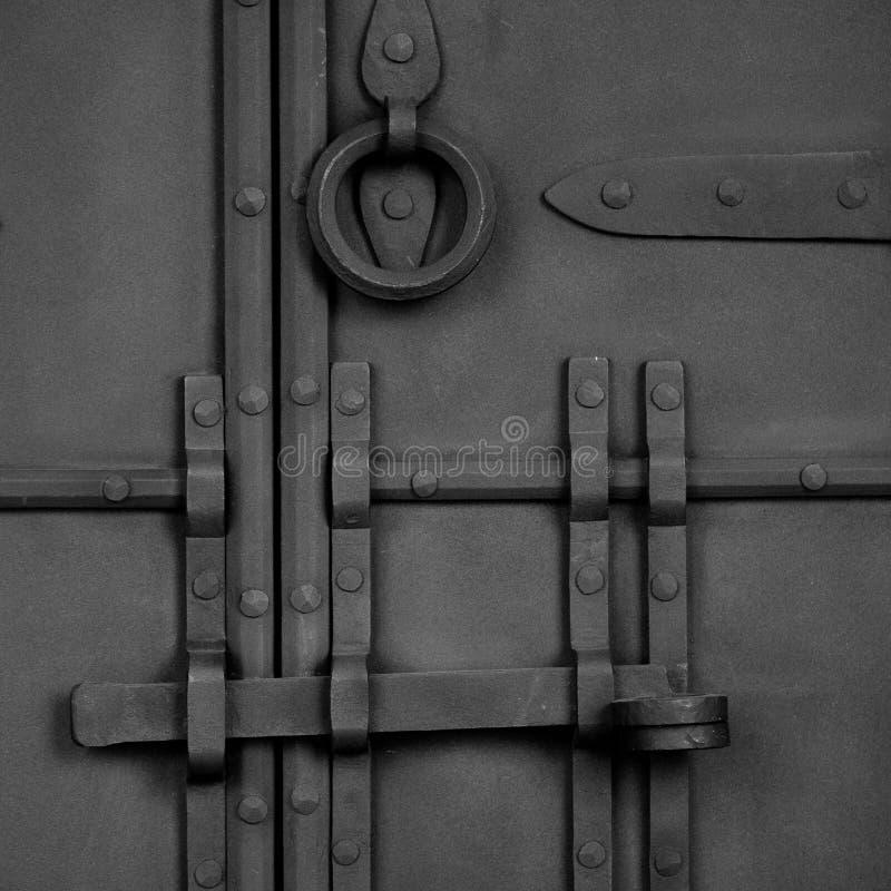 Porta antica forgiata fotografia stock