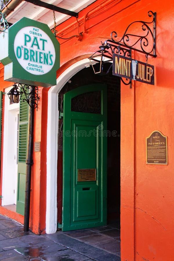 Porta aperta della barra di OBriens del picchiettio di New Orleans immagine stock libera da diritti