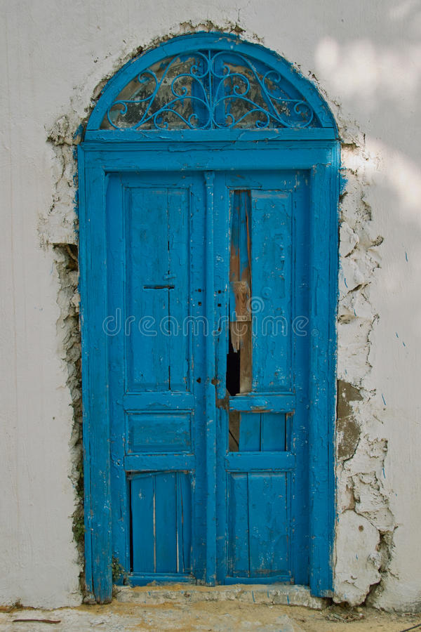 Porta azul velha oriental foto de stock