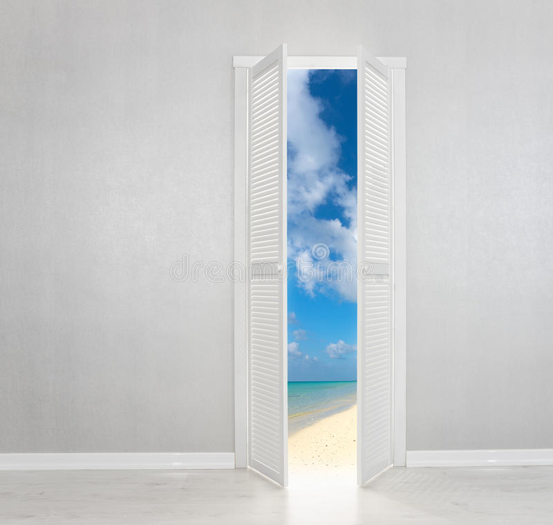 Porta bianca aperta alla spiaggia perfetta illustrazione vettoriale