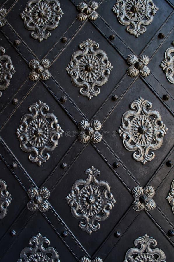 Download Porta Bonita De Uma Igreja Em Praga Foto de Stock - Imagem de czech, porta: 26506868