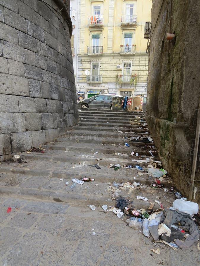 Porta Capuana, αρχαία πύλη πόλεων στη Νάπολη, νότια Ιταλία στοκ εικόνα με δικαίωμα ελεύθερης χρήσης