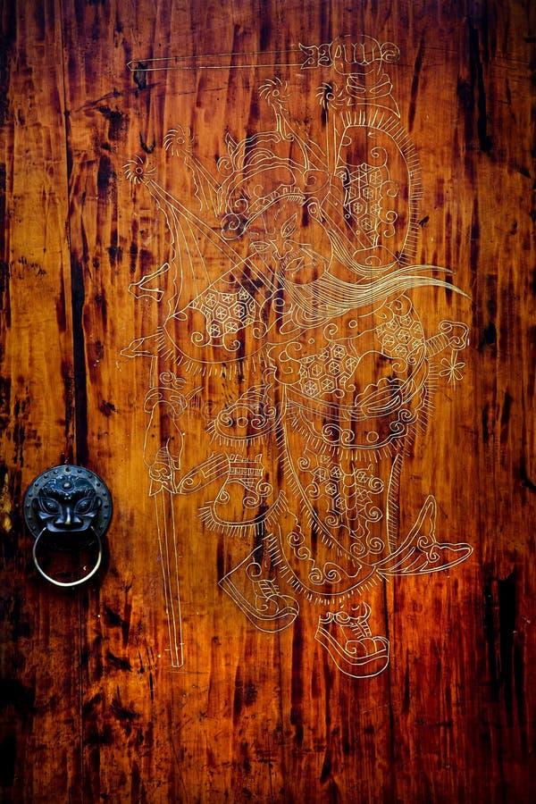 Porta chinesa de madeira velha imagens de stock