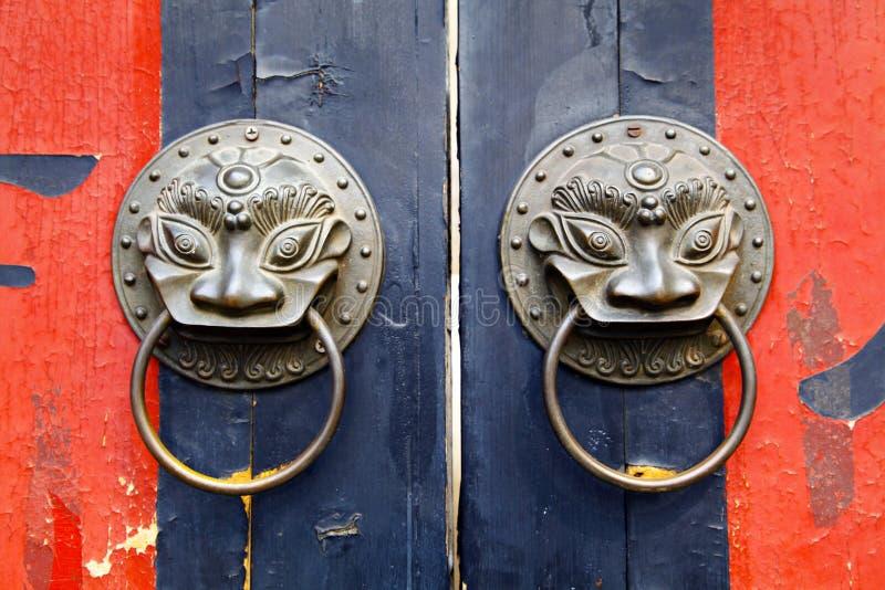 Porta chinesa velha foto de stock royalty free