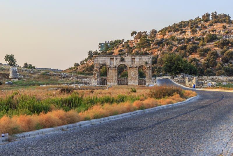 Porta da cidade antiga de Patara imagem de stock royalty free