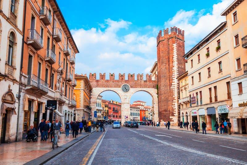 Porta da cidade do sutiã do della de Portoni imagem de stock