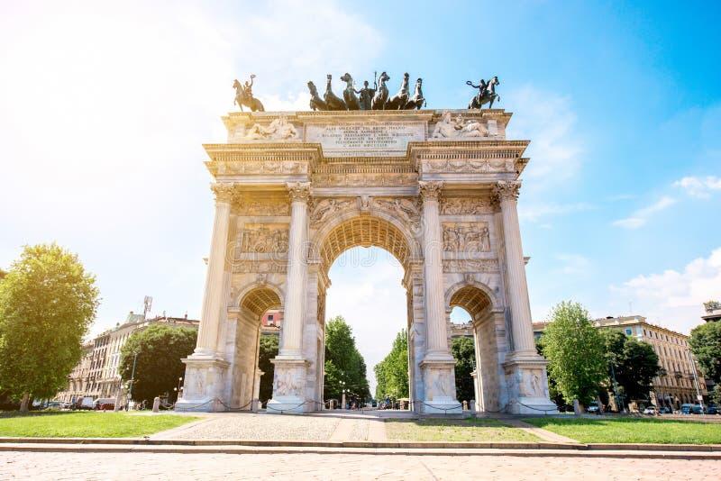 Porta da cidade em Milão fotografia de stock royalty free