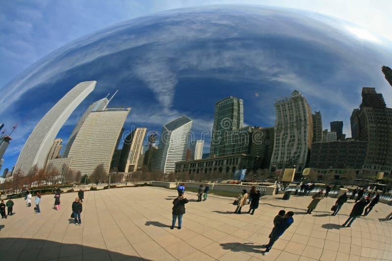 A porta da nuvem no parque do milênio imagem de stock