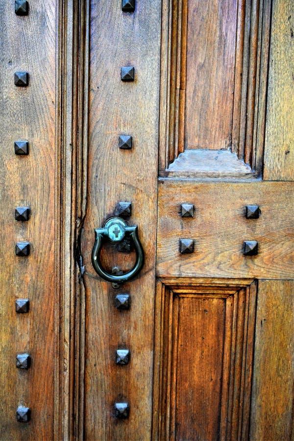 Porta da rua da igreja na cidade de Montpelier, Washington County, Vermont, Estados Unidos, E.U., EUA fotos de stock